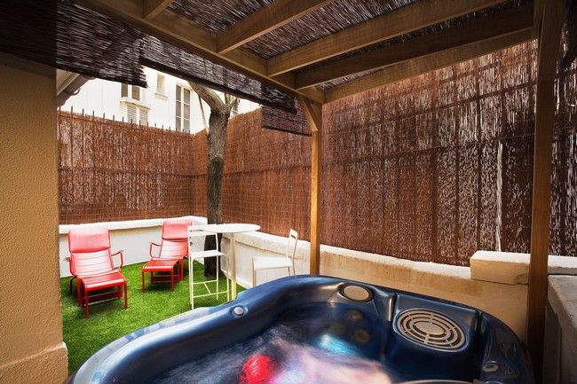 Change the Way you Relax with the Help of an Outdoor Jacuzzi - jacuzzi interior