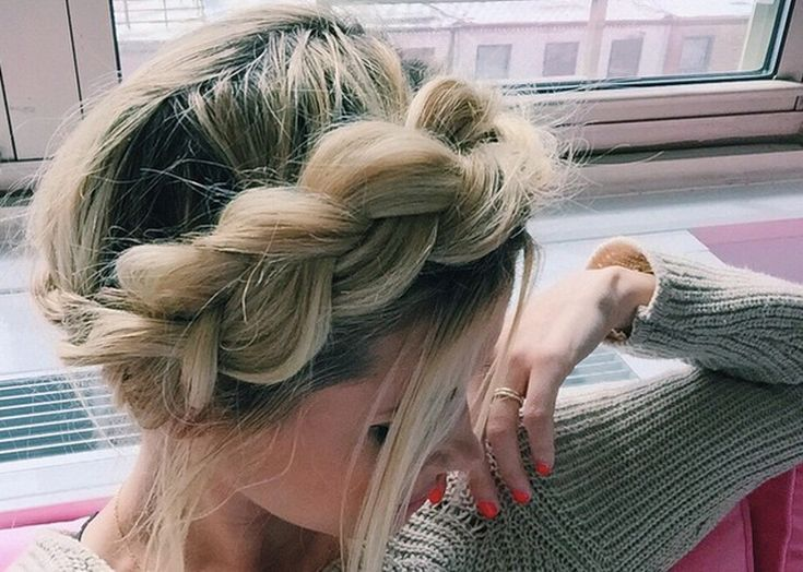 7 Easy Prom Hairstyles You Can DIY At Home Before The Big Dance #easyhairstyless | Prom hair ...