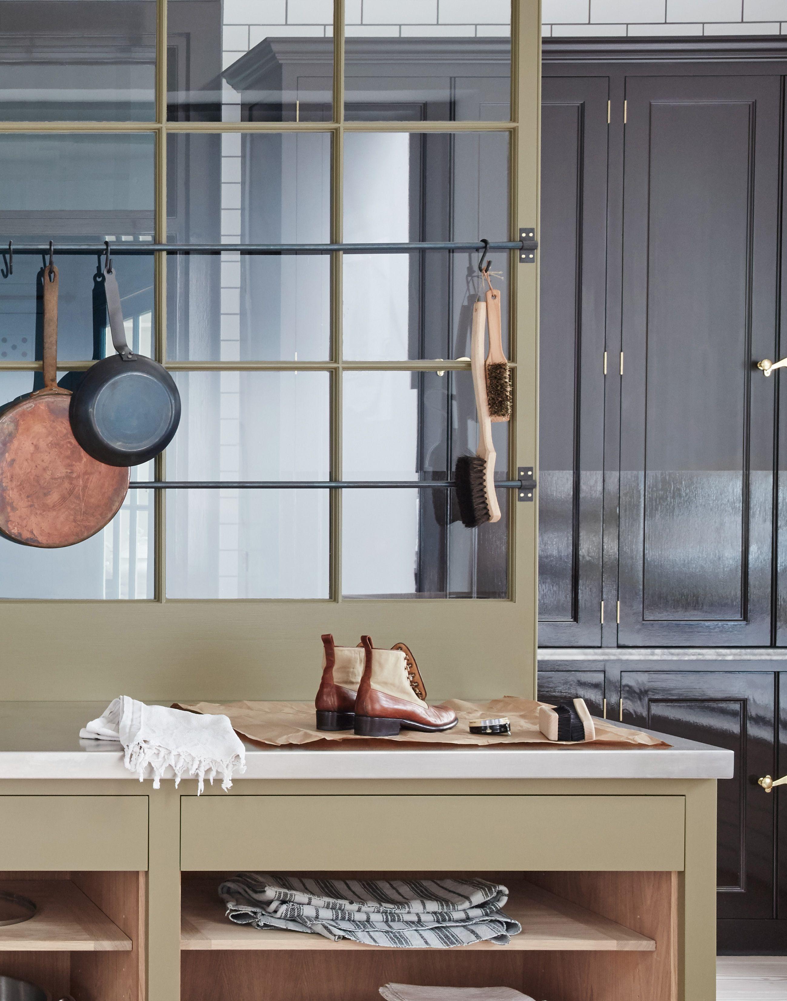 Plain English Marylebone Showroom | 'The Osea Kitchen' by Plain English | www.plainenglishdesign.co.uk #plainenglishkitchen
