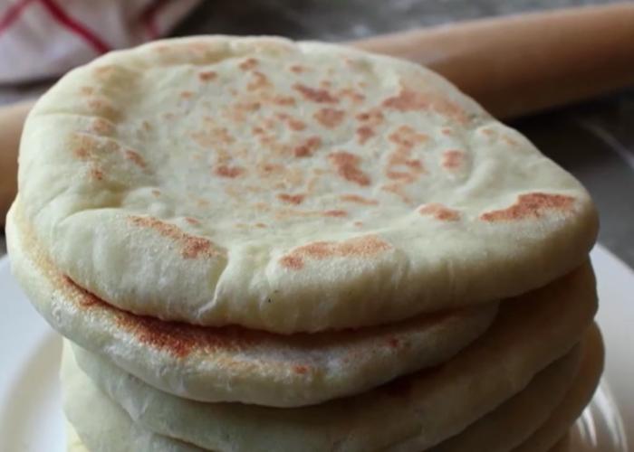 Cmo hacer un buen pan de pita  Via Gourmet  recetas