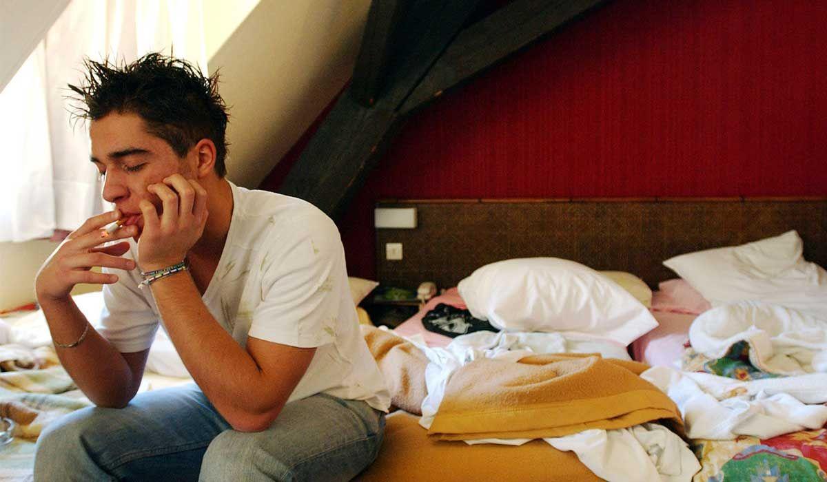 التدخين بعد الجنس In 2020 What Causes Sleep Apnea Home Remedies For Snoring Circadian Rhythm Sleep Disorder