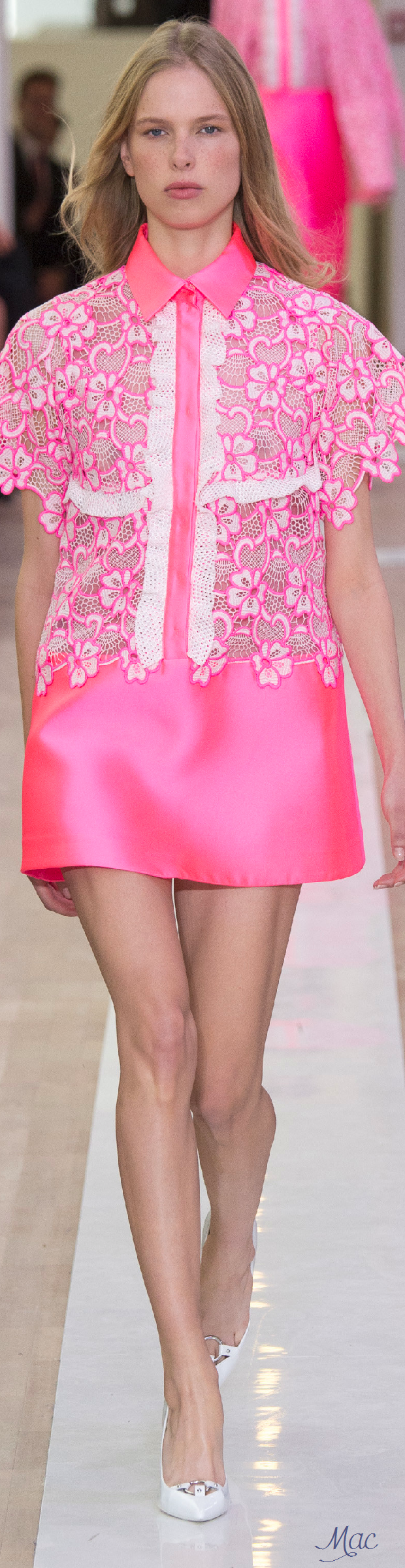 Spring 2016 Ready-to-Wear Emanuel Ungaro