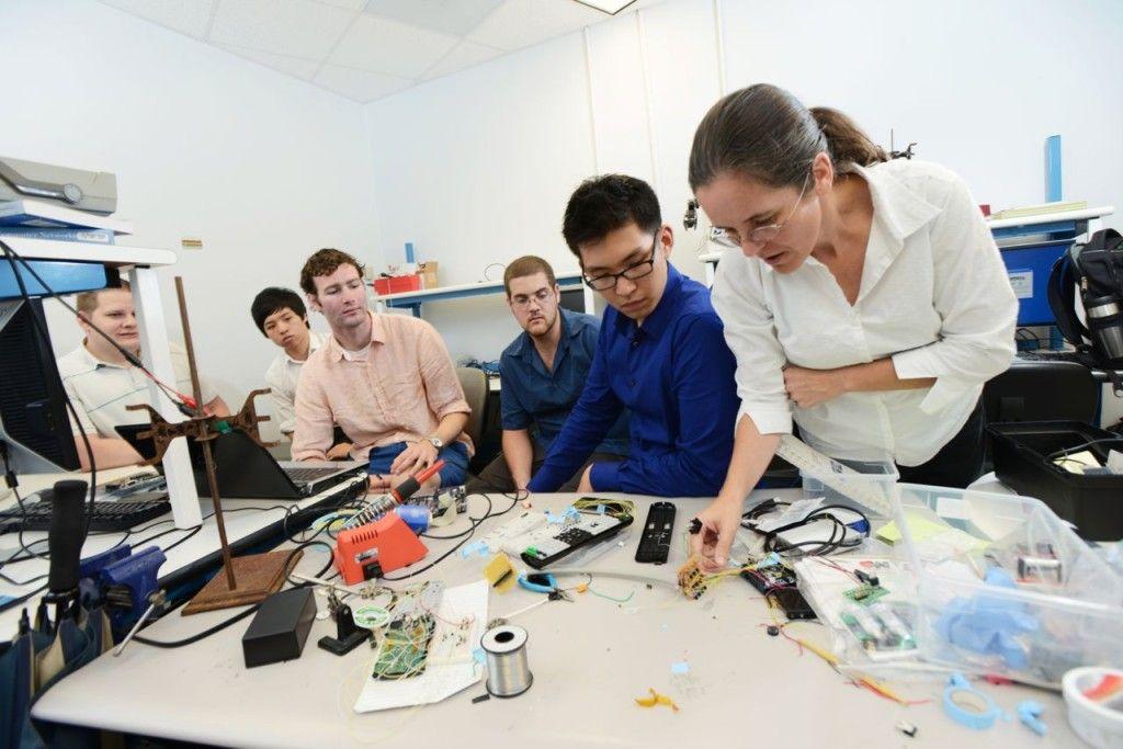 Indian engineering top colleges internship program