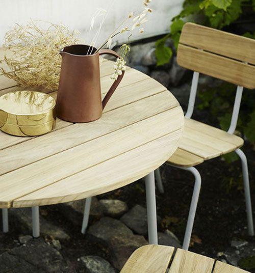 Mit Flux Von Jonas Herman Pedersen Ist Sowohl Tisch Als Auch Stuhl In Einem  Design