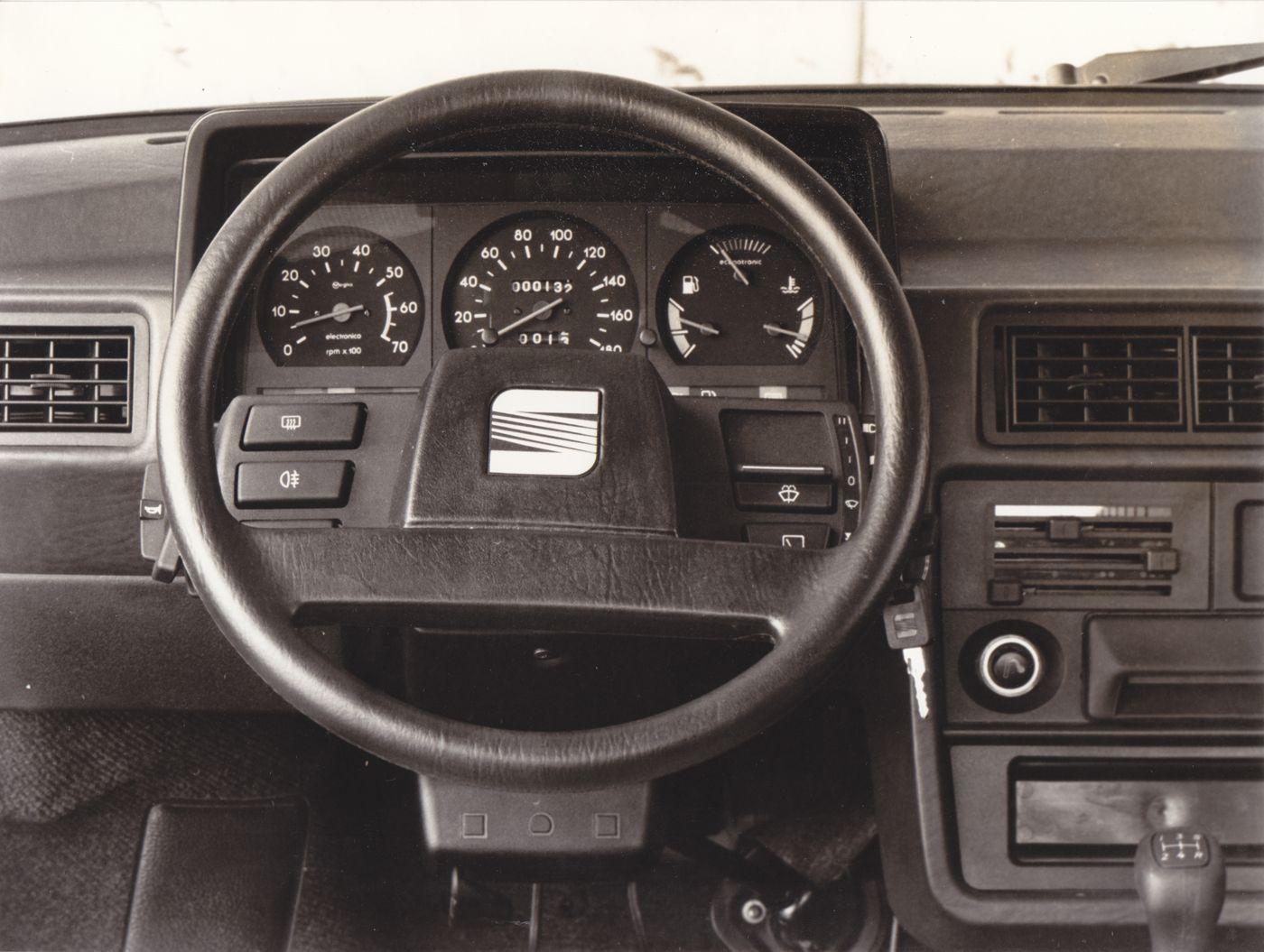 Seat Ibiza Dashboard Car Interior Car Manufacturers Car Seats