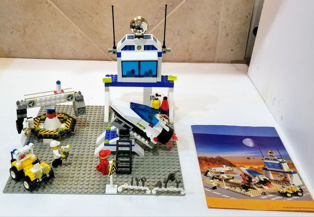 Lego Classic Vintage 6455 Space Port Simulation Station