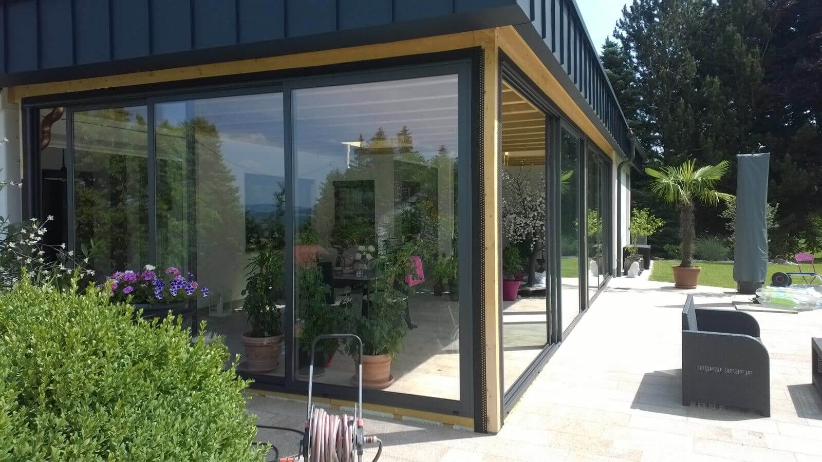 Schiebeelemente Fur Terrassenverbau In Holzkonstruktion Montiert