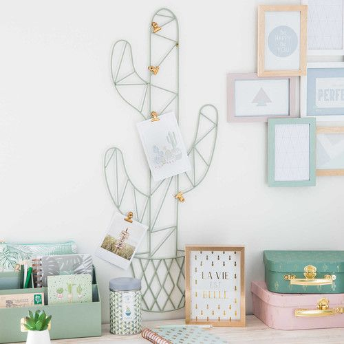Cactus Photo Hanger Maisons Du Monde Cute And Feminine Workspace
