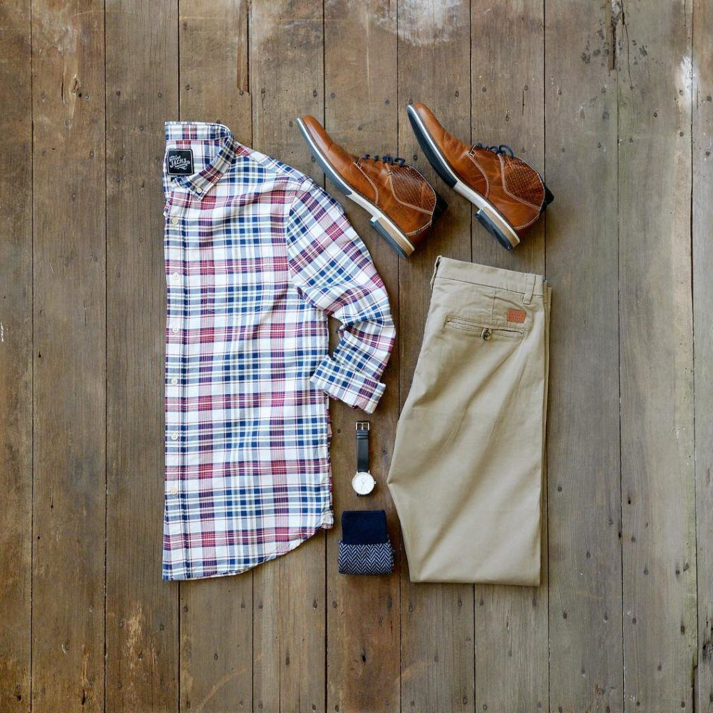 Jachsny Plaid Shirt And Tan Chinos Mixed With Chukka Boots From Bullboxer Is A