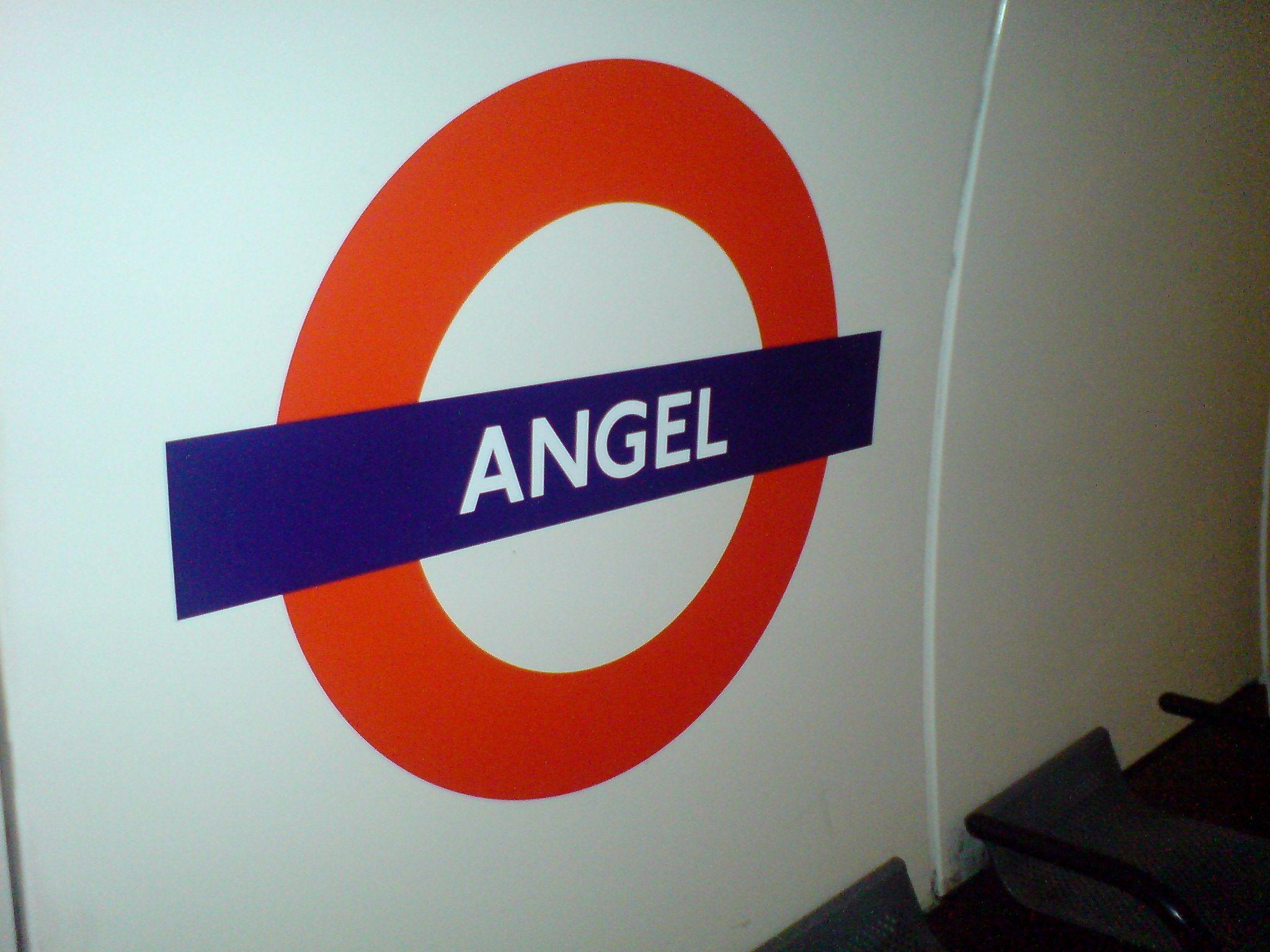 Angel Tube Station London Uk London Uk Trains Transport