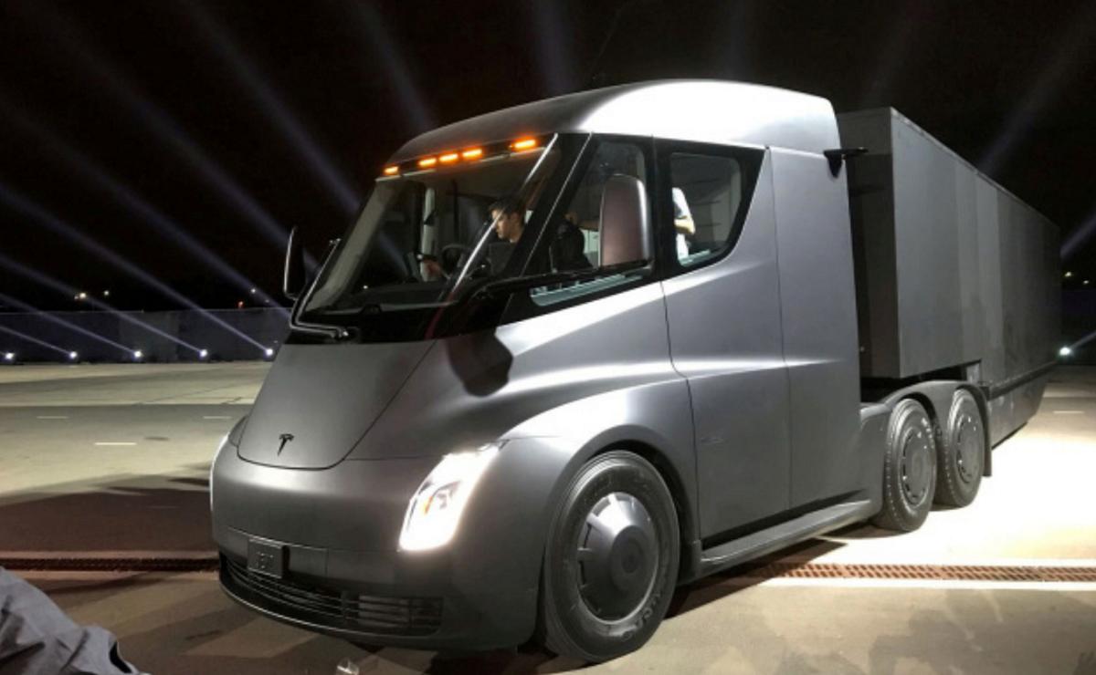 Tesla Set For Volume Production Of Tesla Semi 2021 Release In Sight Tesla New Sports Cars Tesla Electric Truck