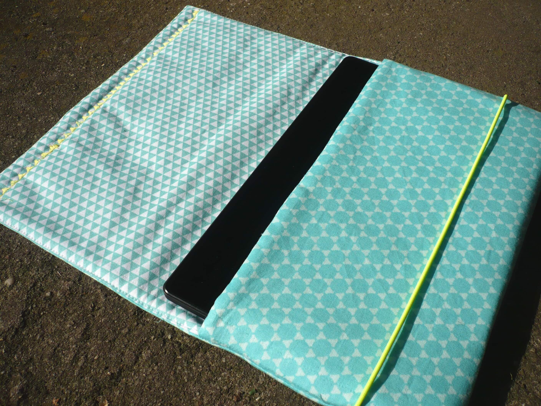 eine individuelle tablet tasche n hen stoffe ideen pinterest hat men life journal and. Black Bedroom Furniture Sets. Home Design Ideas