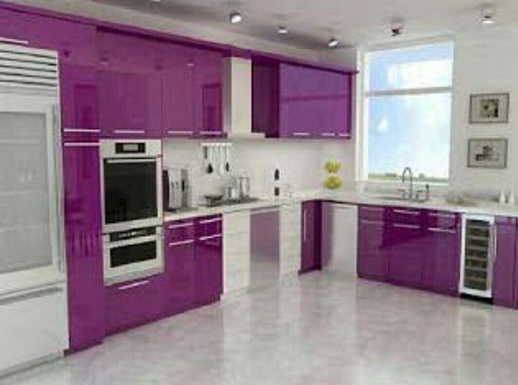 Amei a cozinha em cor diferente do habitual! Vi no Google!