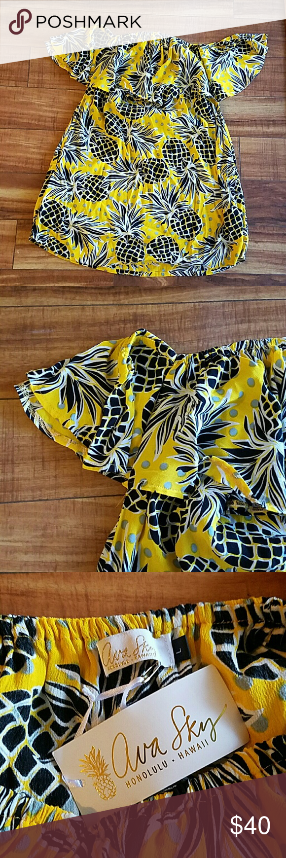Ava Sky Salsa Dress Size L Such a fun dress! Off the shoulder with cute pineapple print.  Perfect vacation/beach dress! Ava Sky Dresses
