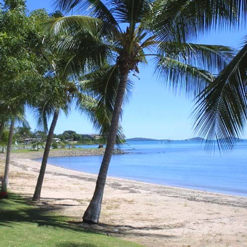 Easter Island Beaches: Airlie Beach, Beaches In The