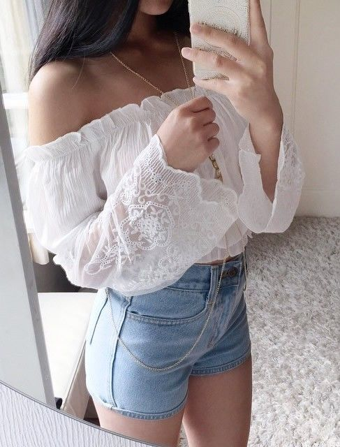 2f588cbbe6452e White Off Shoulder Crop Top Outfit