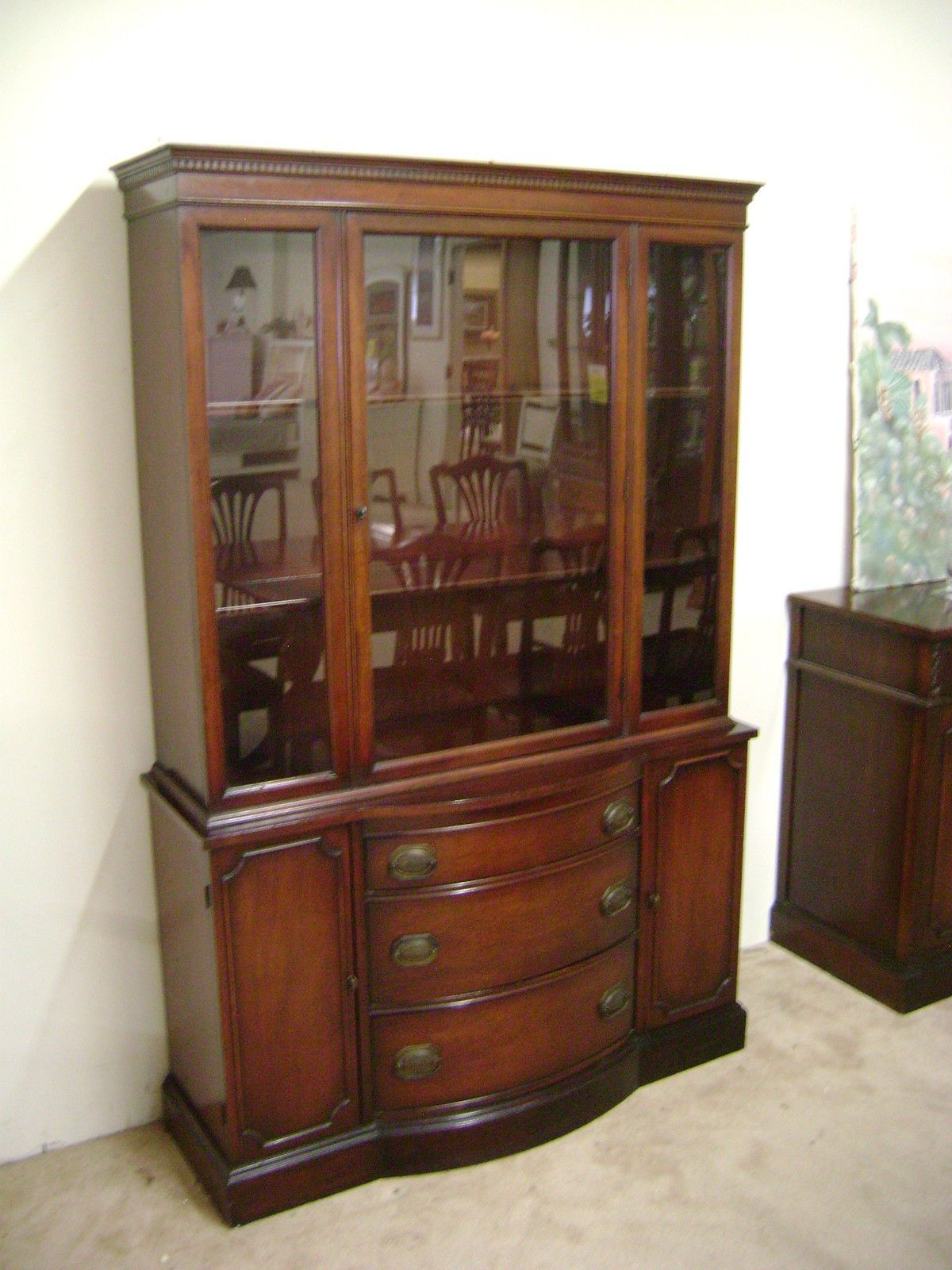 JB Van Sciver Co Collectors China Cabinet 1940s No 515 Lot 42