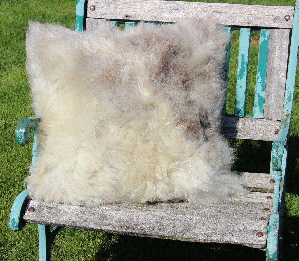 schapenvacht kussen nr.20   50cm