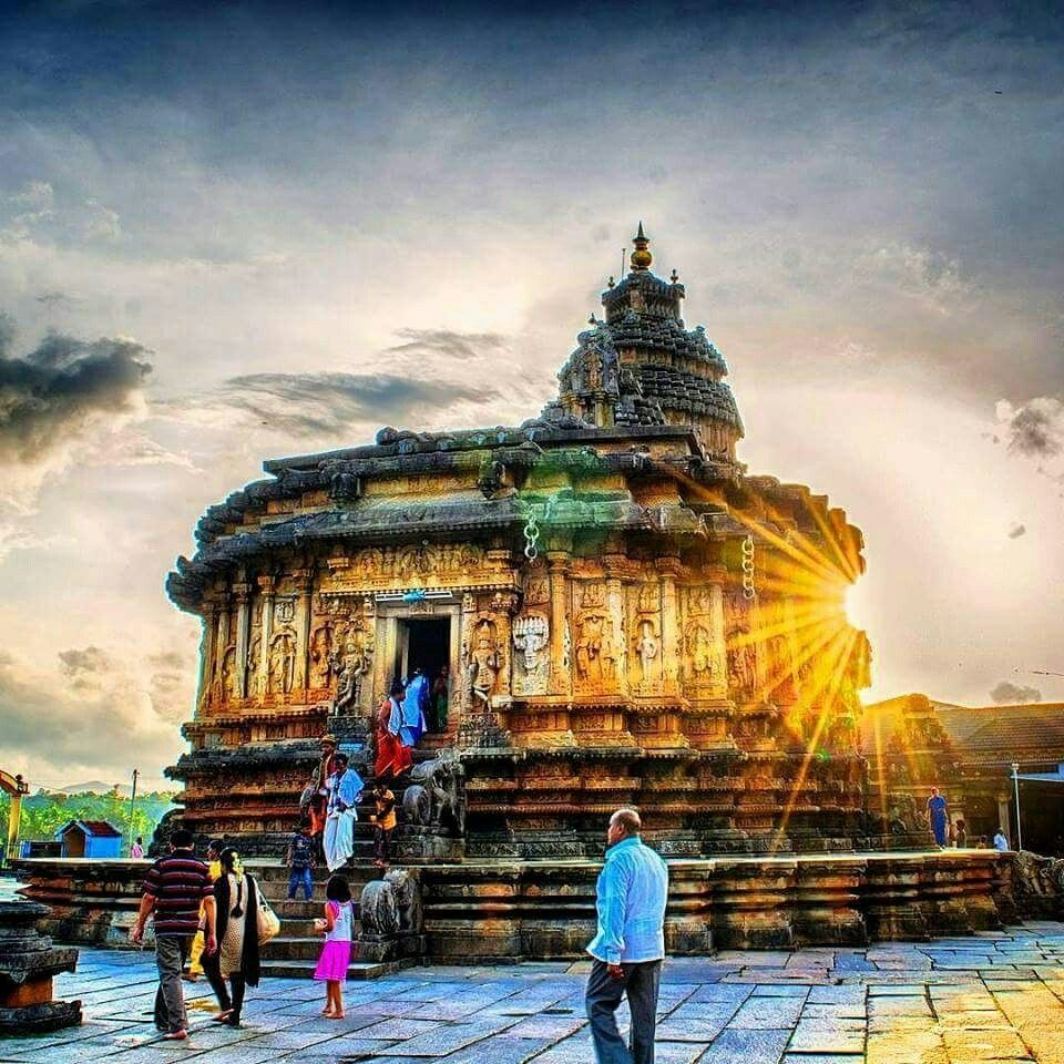 Sri Sharadamba Temple is a famous Hindu temple dedicated to goddess Saraswati in the holy town of Sringeri in Karnataka, India.  #India #SriSharadambaTemple #Hindutemple #Saraswati #Sringeri #Karnataka #India #templesofindia #travel #trip #tour #yolo #usa #UCLA