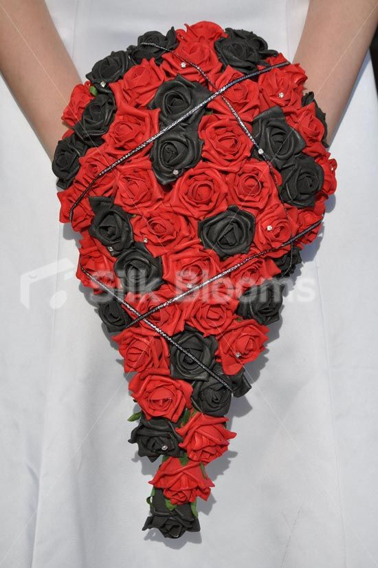 Glamorous Red Black Foam Roses Teardrop Wedding Bridal Bouquet And Isnt