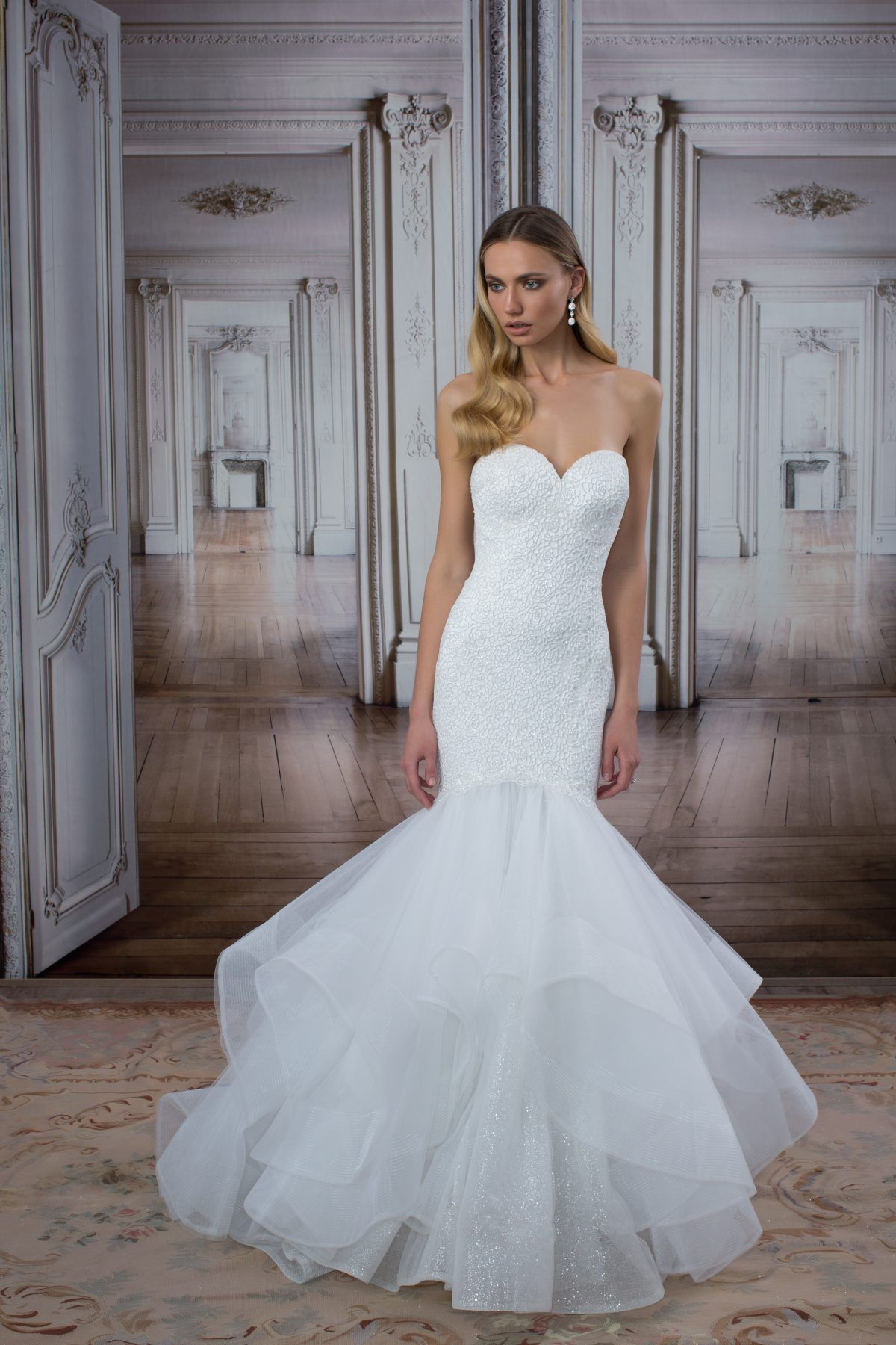 Sweetheart Neckline Mermaid Wedding Dress With Tiered Skirt Love By Pnina Tornai Style 14417 Wedding Dress Organza Mermaid Wedding Dress Wedding Dresses