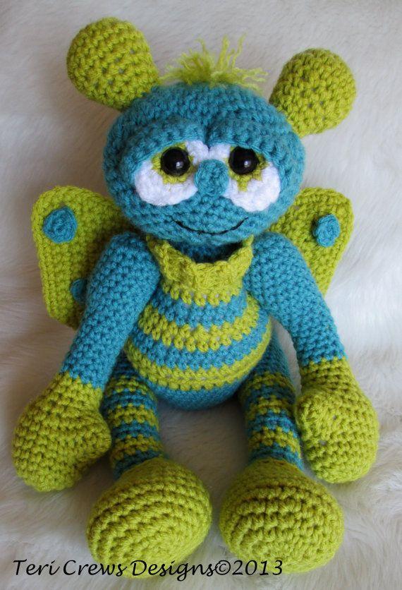 Crochet Pattern Alien Doll by Teri Crews por TeriCrewsCrochet