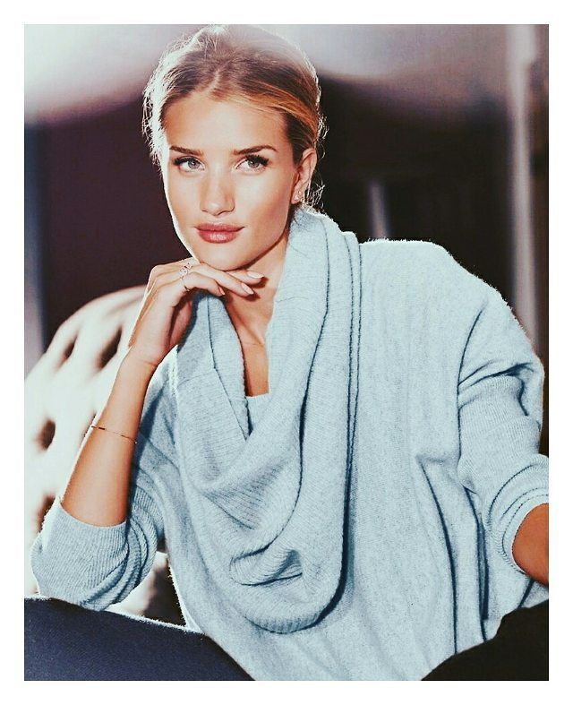 Beautiful @rosiehw For Autograph #rosiehw #fashion #autograph #perfect #fit #rosiehw #hot #top #cute #super #style #stylish #modeling #gergeous #vscocam #vsco #look #bestoftheday #love #rosiehuntingtonwhiteley #appearance #outfit #instafashion #pretty #goddess #instacool #sweet #tumblr #fabulous #best