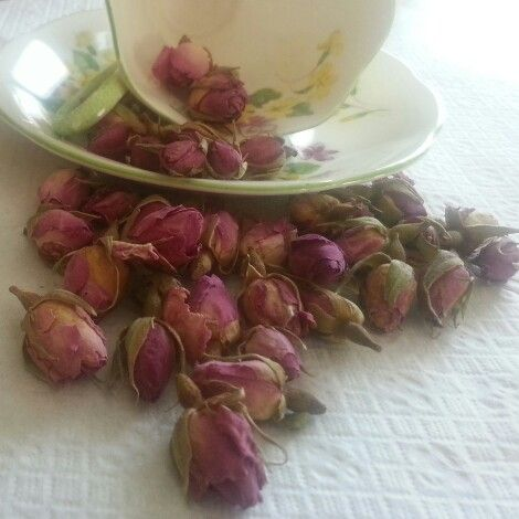 Tea cup, florals, dried flowers