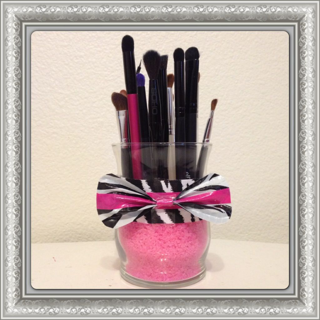DIY Makeup StorageSephora inspired makeup brush holder