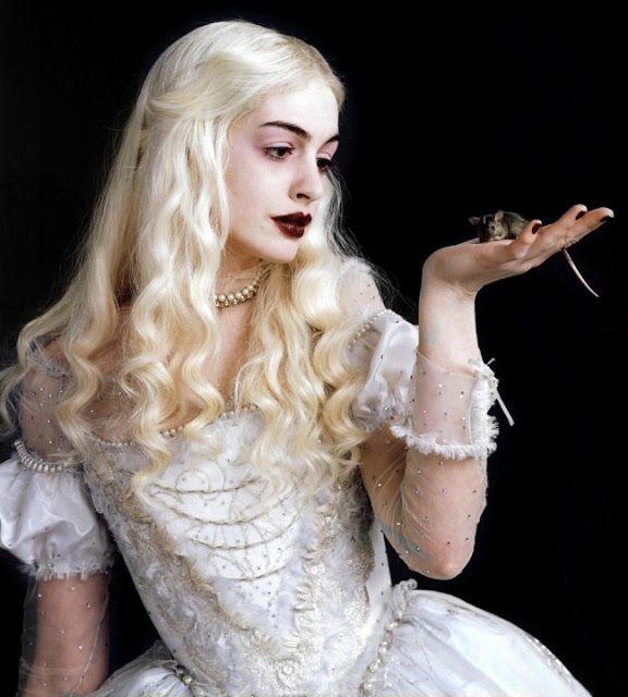 Anne Hathaway White Queen Gif