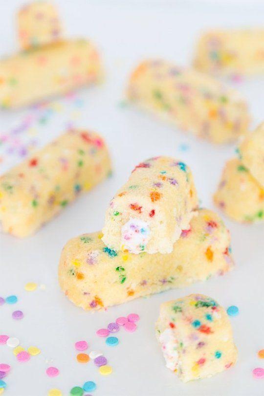 Admirable Funfetti Twinkies Are The Ultimate Birthday Dessert Desserts Birthday Cards Printable Benkemecafe Filternl