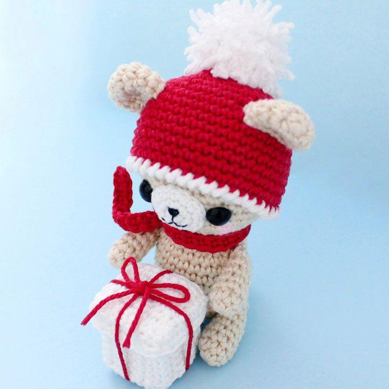 Ganchillo oso de peluche con el regalo de Navidad - modelo libre ...