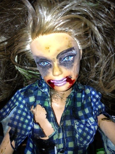 """Dirty Makeup Brushes: Zombied"""" Her Face With Some Eyeliner"""