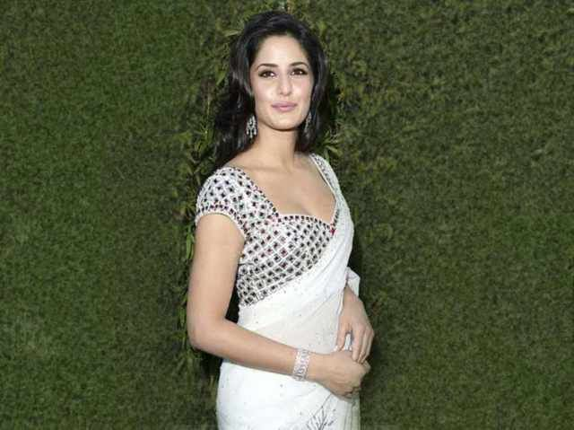 Katrina Kaif Hot Wallpaper