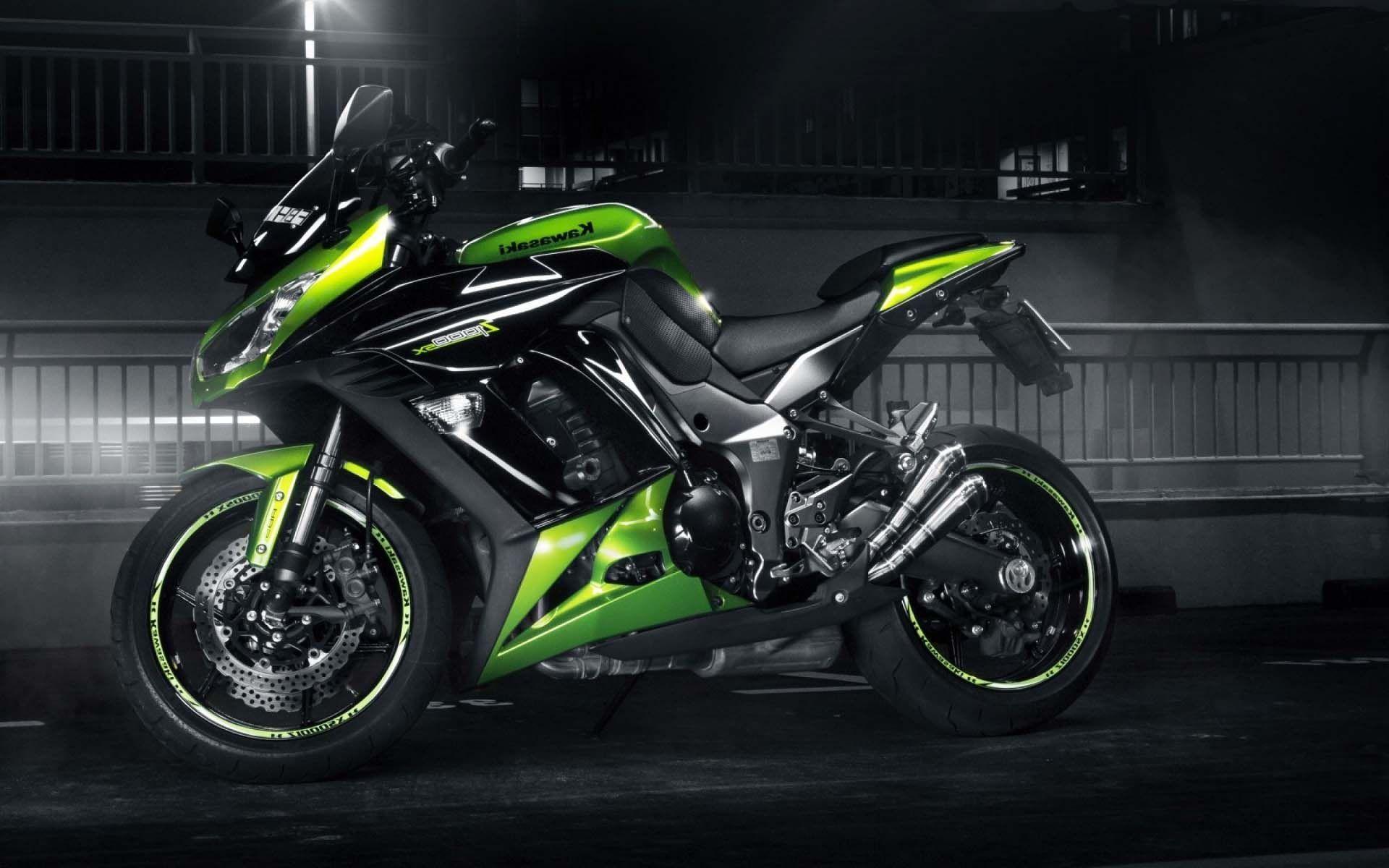 Kawasaki Ninja Z1000 Moto Wallpaper