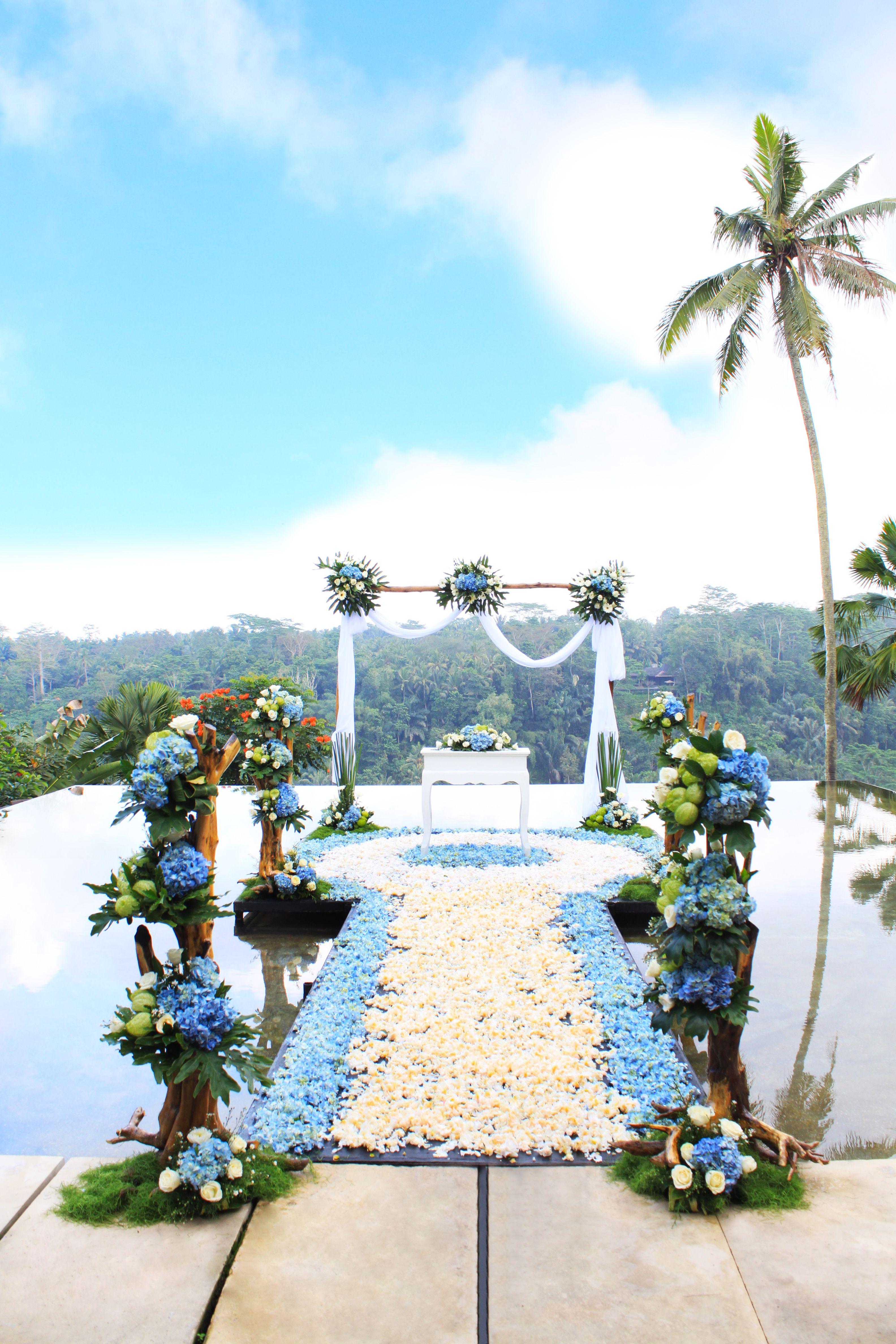 Rustic Style For Stunning Water Wedding In Bali Bali Wedding Venue