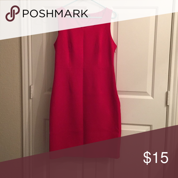 The Limited dress Sz 10 Red The Limited shift dress.  Sz 10. Side zipper.  62% polyester 33% rayon 5% spandex The Limited Dresses