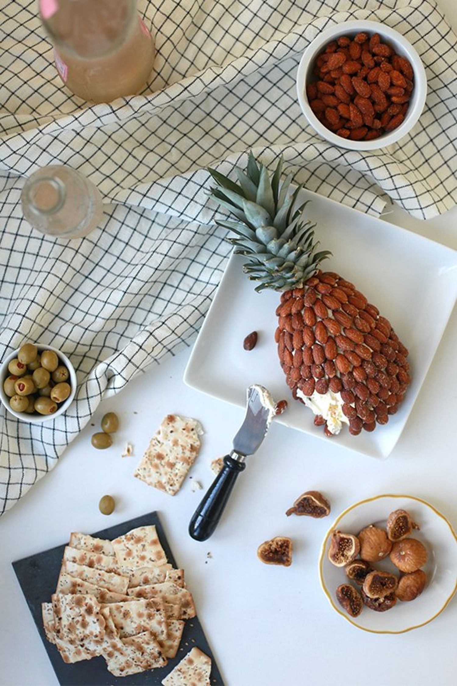 Yes, This Cheese Ball Is Shaped Like a Pineapple — Food News