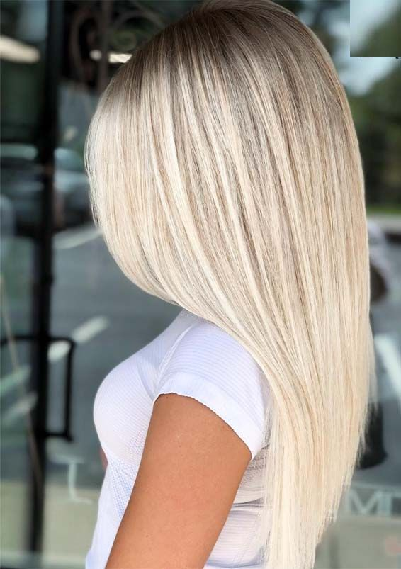 Popular Platinum Balayage Sleek Straight Hairstyles for 2019 #blondehair
