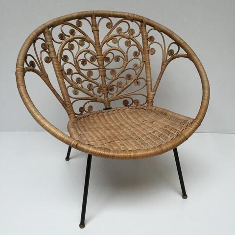 Vintage Boho Peacock Lovehearts Wicker Rattan Chair Fauteuil En Rotin Vintage Boheme Volutes Free Delivery U Fauteuil Rotin Meuble Vintage Chaises D Epoque