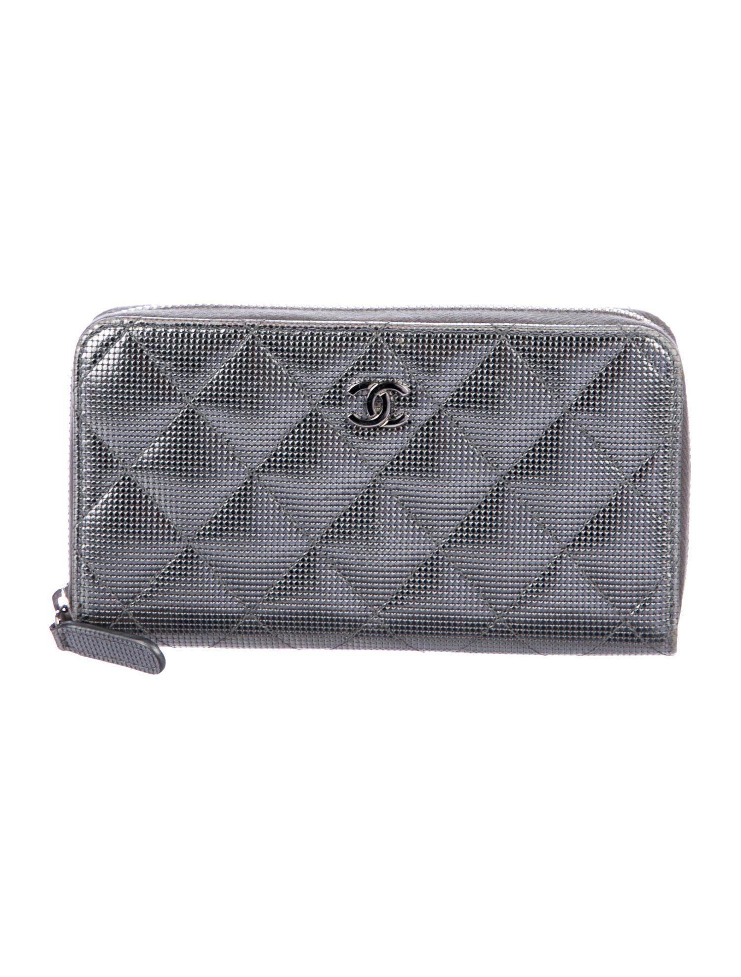 Chanel metallic zip wallet accessories cha269361 the
