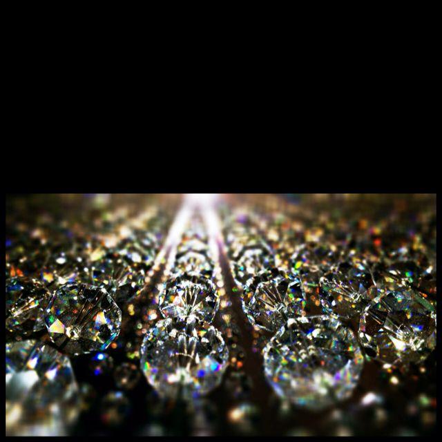 Infinite crystals