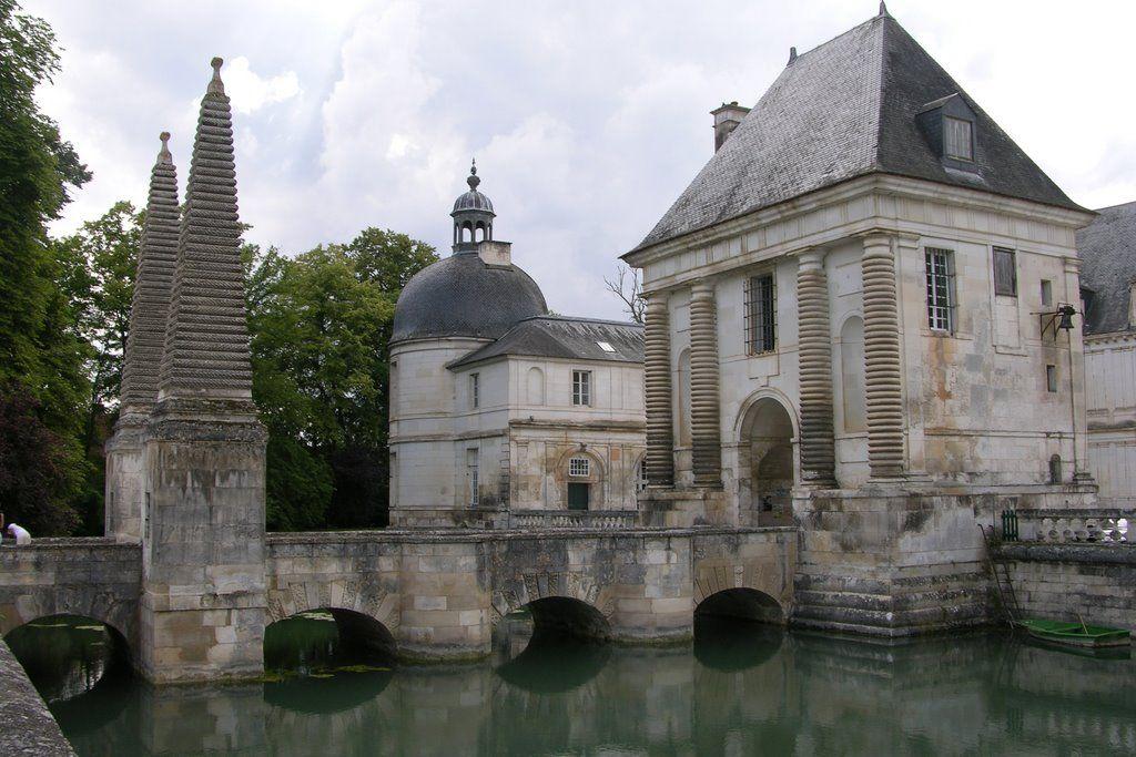 Château de Tanlay, Burgundy