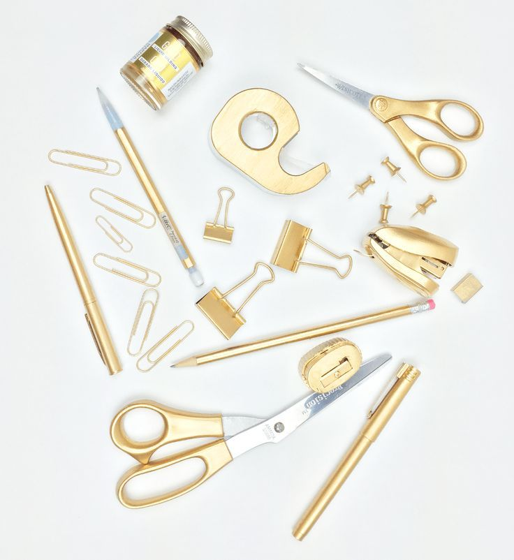 Diy Gold Office Supplies Without Spraypainting Gold Office Supplies Gold Office Gold Diy