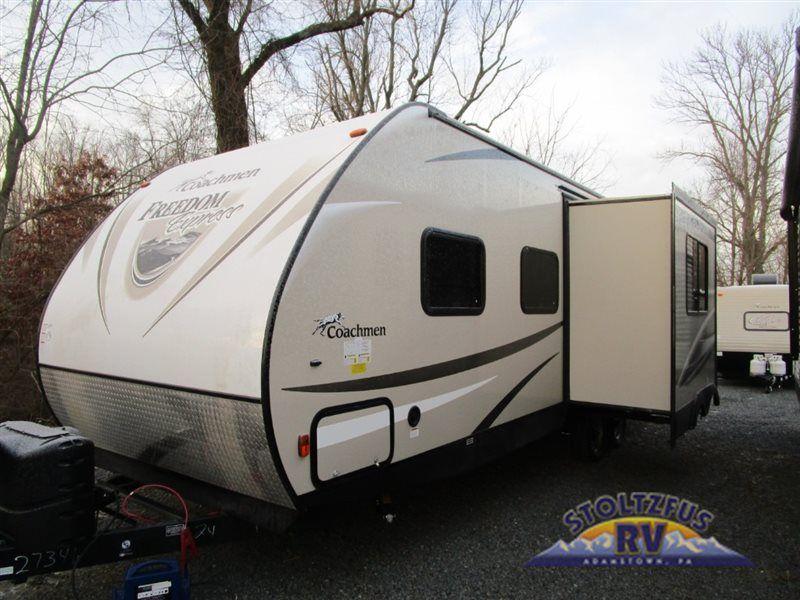New 2017 Coachmen Rv Freedom Express 24se Travel Trailer At Stoltzfus Rvs Adamstown Pa 15606 Rv Travel Travel Trailer Recreational Vehicles