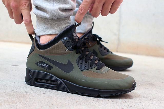 Nike Chaussure Baskets Air Max Couleur Loden Noir