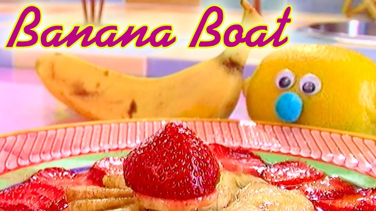 🍇🍓 Berry Banana Boats 🍏 Let's cook with Funny Fru! 😃