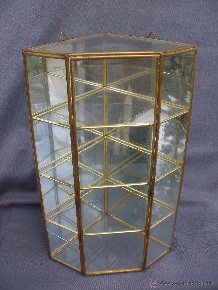 Peque a vitrina de cristal esquinera para miniaturas - Vitrinas para miniaturas ...