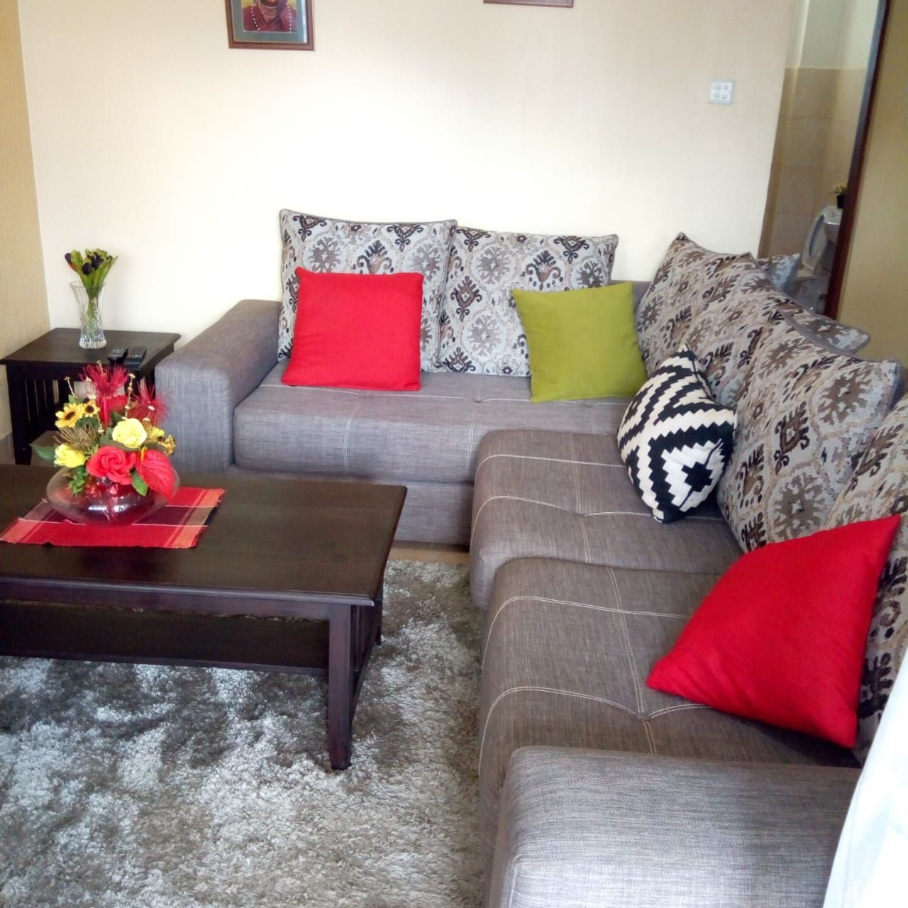 1 Bedroom Fully Furnished Apartment At Th E Heart Of Nairobi Westlands School Lane At Ksh 80 000 Fully Furnished Apartments Furnished Apartment Furnishings