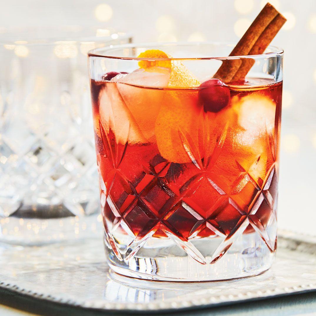 La Recompense Du Pere Noel Recipe With Images Cranberry Cocktail Cranberry Cocktails